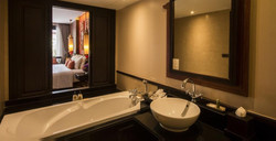 Siripanna Bathroom_edited