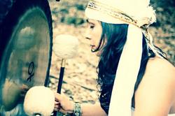 Guru Mitar playing Venus Gong of Love