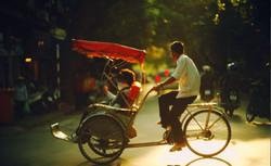 Hanoi'ʹs__cyclo_ride_through_Old_Quarter
