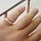 Thumbnail: טבעת זהב צהוב לגבר משובצת 3 יהלומים