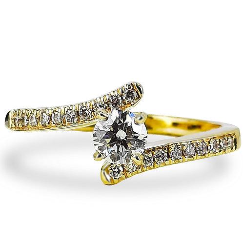 טבעת אירוסין בשילוב יהלומים בצדדים 0.40 קרט
