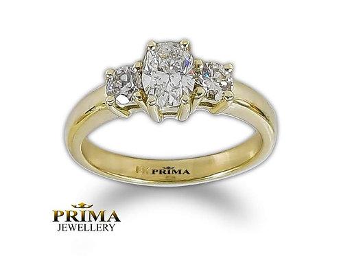 טבעת אירוסין משובצת 3 יהלומים, אבן אובאלית מרכזית ויהלומי צד