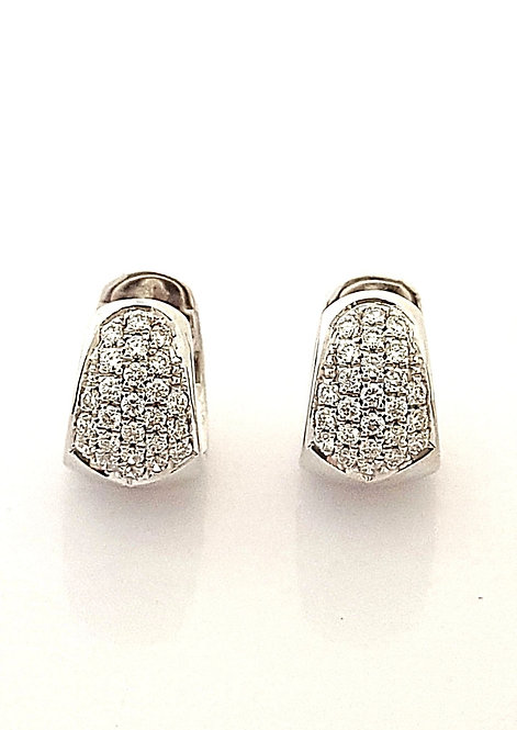 עגילי חישוק רחבים בזהב לבן משובצים יהלומים