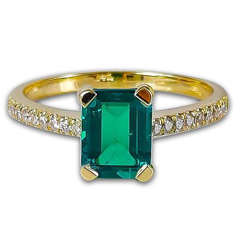 טבעת אמרלד ויהלומים בזהב צהוב