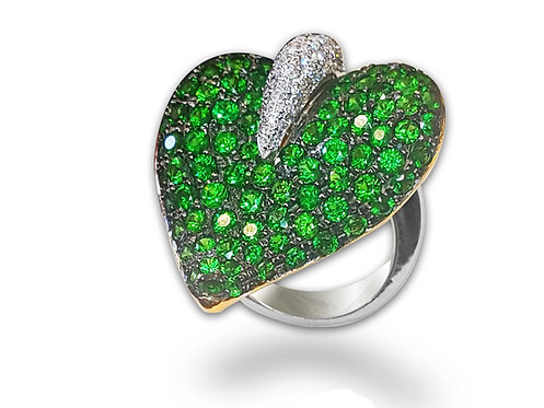 טבעת עלה יוקרתית משובצת יהלומים ואבני חן