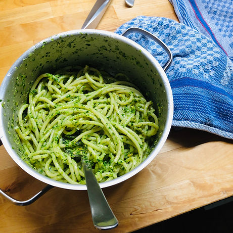 Recipe wild galic pesto, pesto de leurda