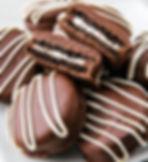 delish-chocolate-dipped-oreos-021-154646
