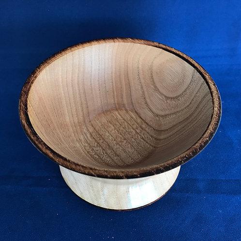 Horse Chestnut Fluted Foot Bowl