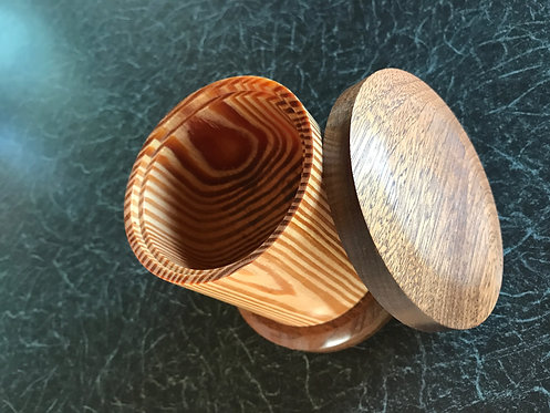 Large Quebec Pine & Mahogany Lidded Box