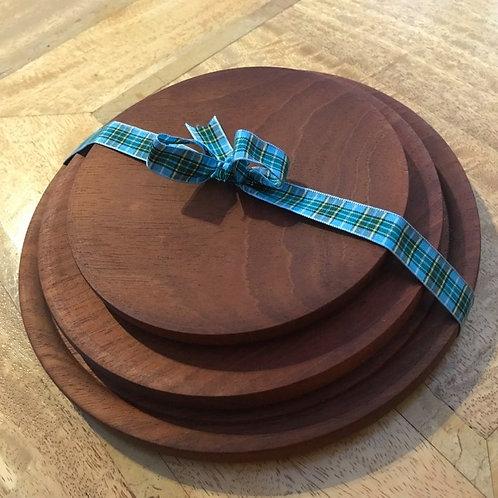 Mahogany - Set of 3 Plates with Manx Tartan Ribbon