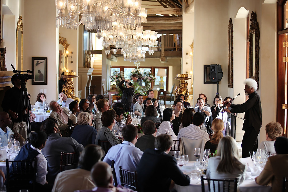 2009: Wole Soyinka addresses American Academy of Achievement delegates at La Residence, Franschhoek Valley.