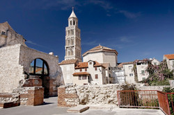 Classic Diocletian palace Split walking tour  (1)