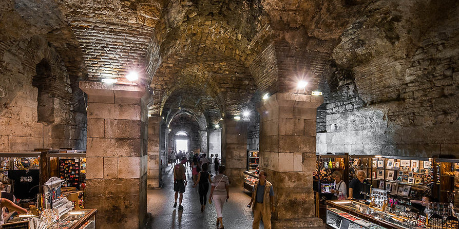 Split Walking Tours - Diocletian's cellars