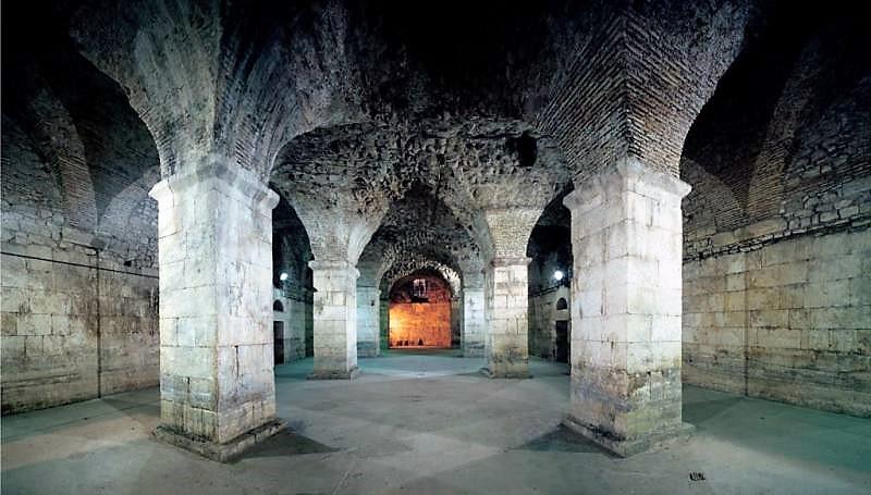 Dicoletian Palace Extended Split Walking Tour (22)