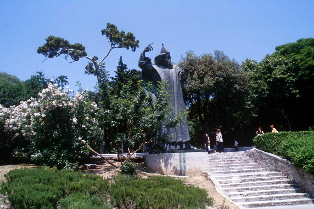 Dicoletian Palace Extended Split Walking Tour (31)