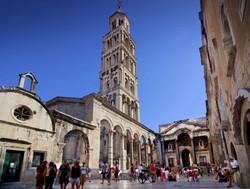 Classic Diocletian palace Split walking tour  (3)