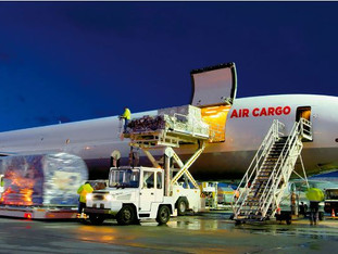 5 WAYS AIR FREIGHT CAN HELP RETAILERS