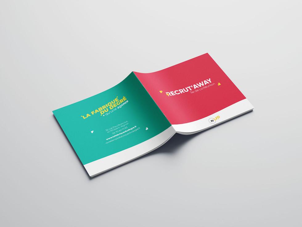 Free_Square_Brochure_Mockup_07.jpg
