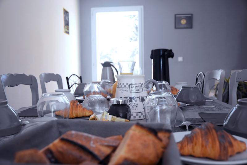 Table de petits-déjeuners