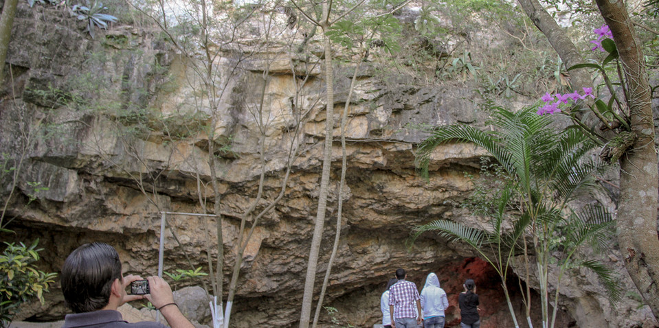 Taulabe Caves