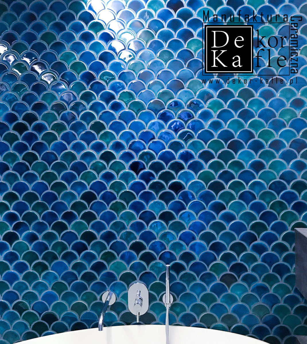 Fish Scales tiles, Turquoise Crackle