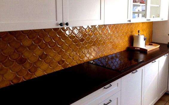 Fish Scales tiles, Tawny Amber