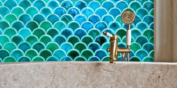Fish Scales tiles, Aquamarine Crackl