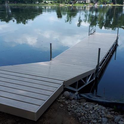 Hinge Dock-Oak Lake.jpeg