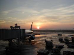 airportsunrisesml.jpg