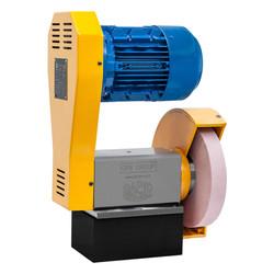 Universal grinder for lathe