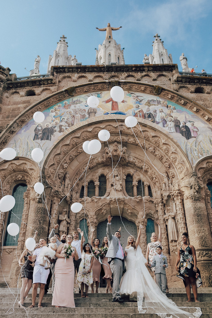 A&K destination wedding, from Chicago to Barcelona