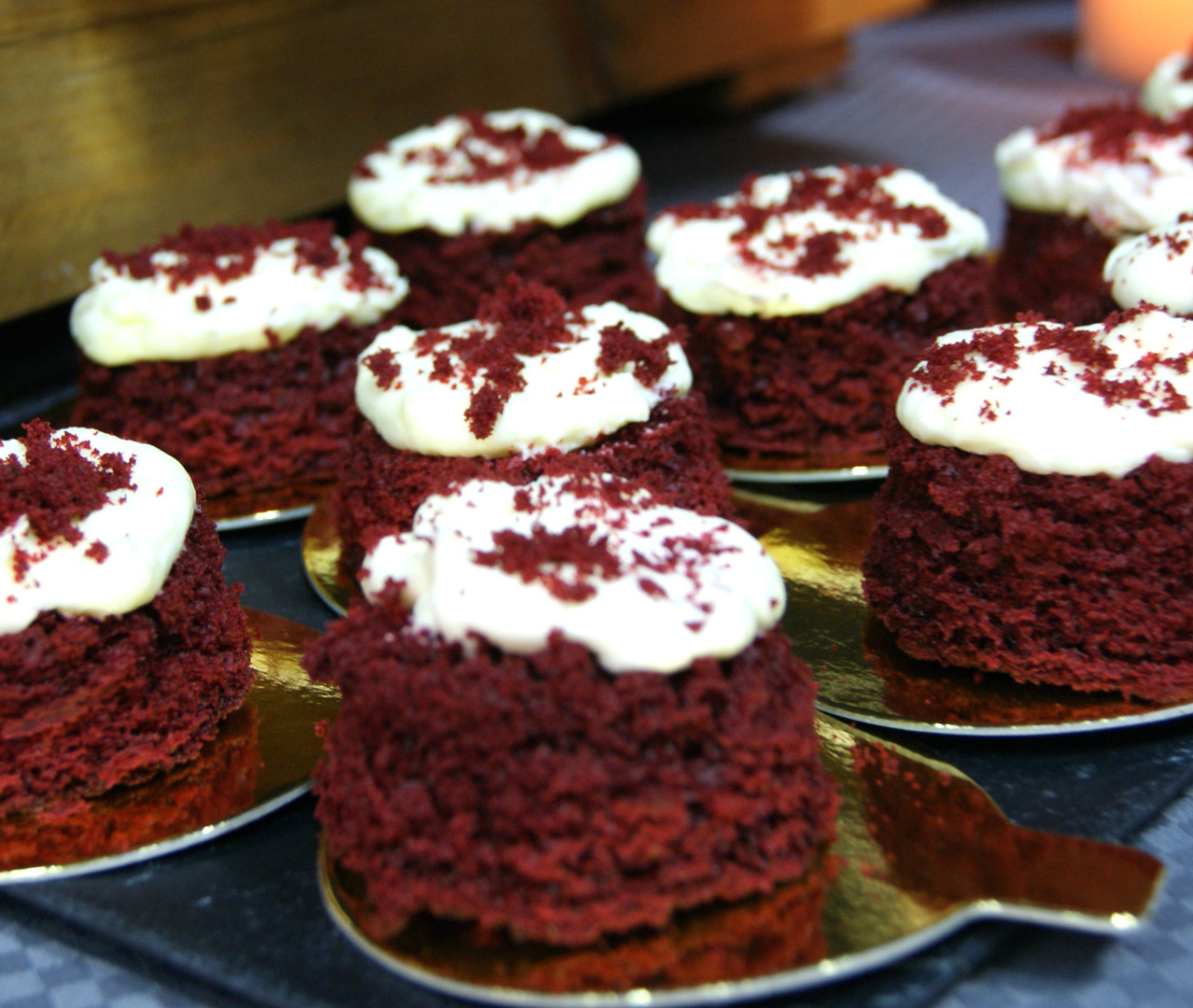 sibarum-cakes-polonia-elmusical-candybar-redvelvet2