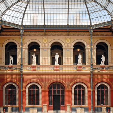 St-Germains des Prés insolite