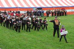 EMM Defileren Kringfeesten 06-2012.jpg