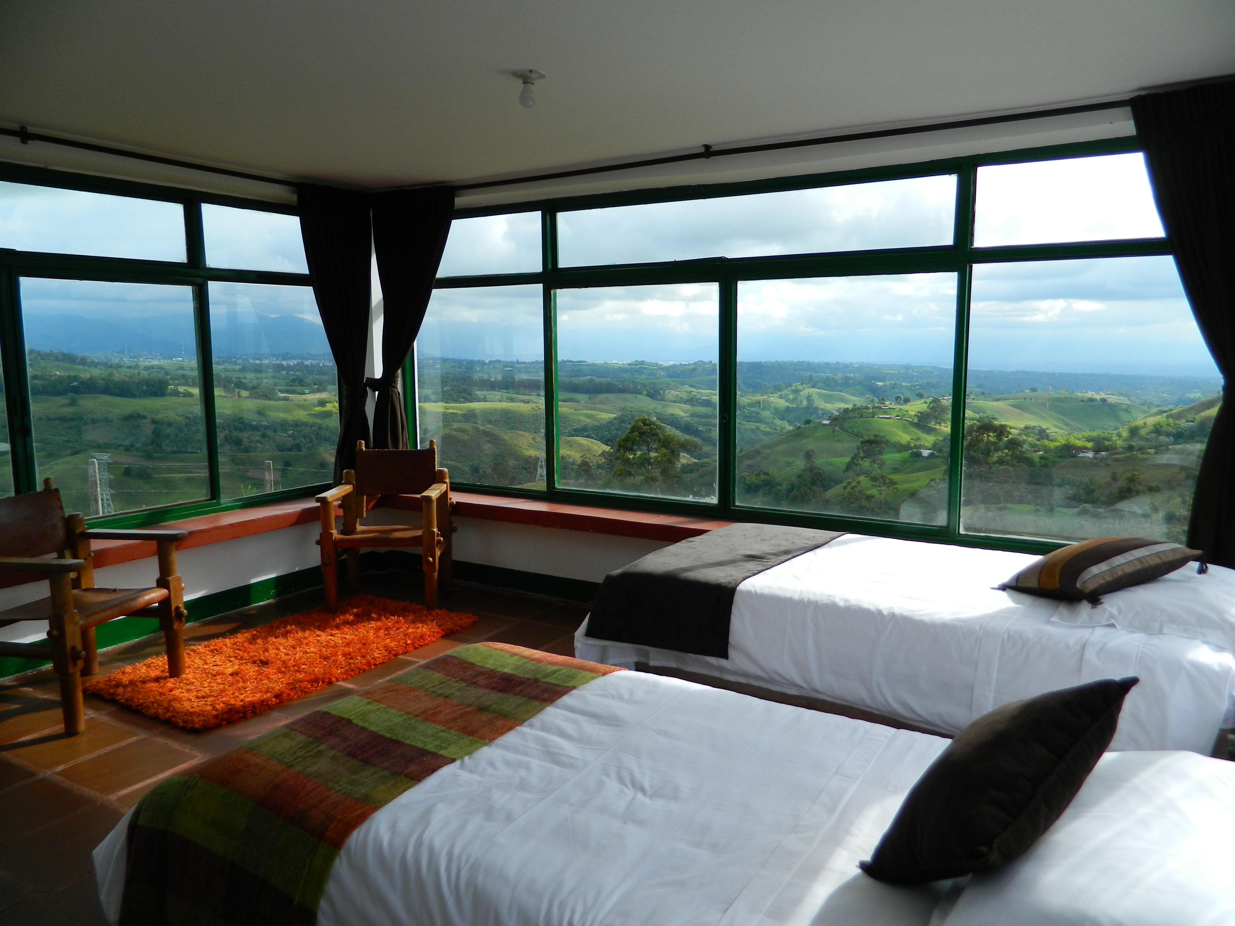 Hotel sierra morena filandia habitaciones for Habitacion cuadruple