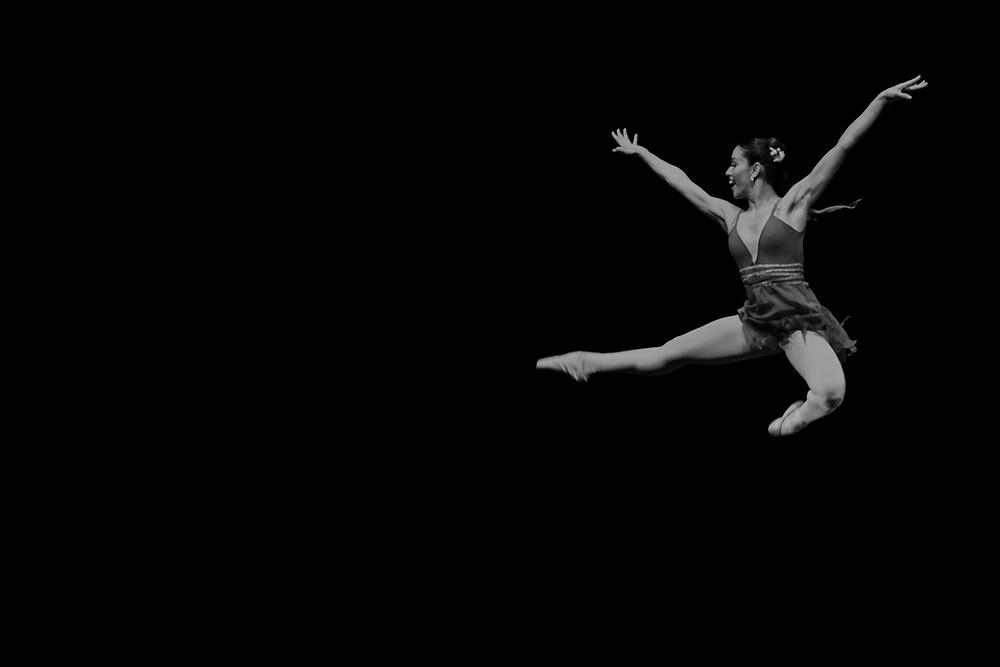 Ballet do Theatro Municipal do Rio de Janeiro, na Bienal Internacional de Dança. Evento realizado na Praça Verde do Centro Dragão do Mar de Arte e Cultura no ano de 2014. Foto: Guilherme Silva
