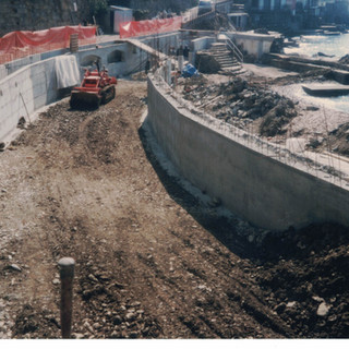 Ristrutturazione Bagni Bristol 1998.