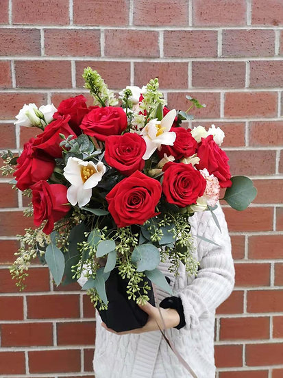 ROSE MIXED FLOWER IN VASE