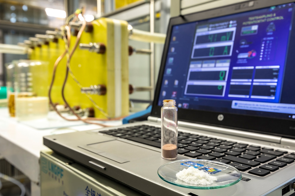 Tests at TU Graz with a 3 kilowatt hour prototype and with vanillin-based electrolytes proved the effectiveness of the new process. © Lunghammer - TU Graz
