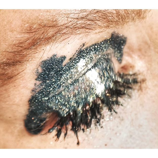 #rush #blurry #artphotography #makeupart