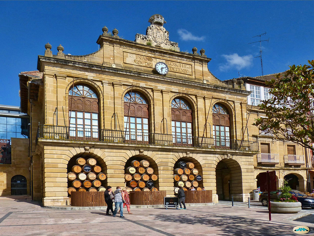 The La Rioja region in Spain is home to over 600 wineries