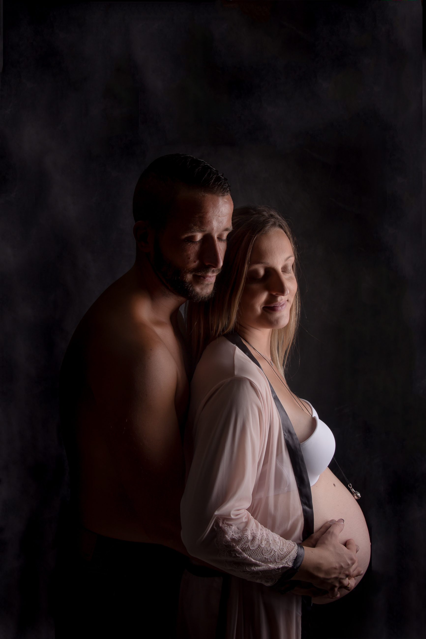 photo studio grossesse couple