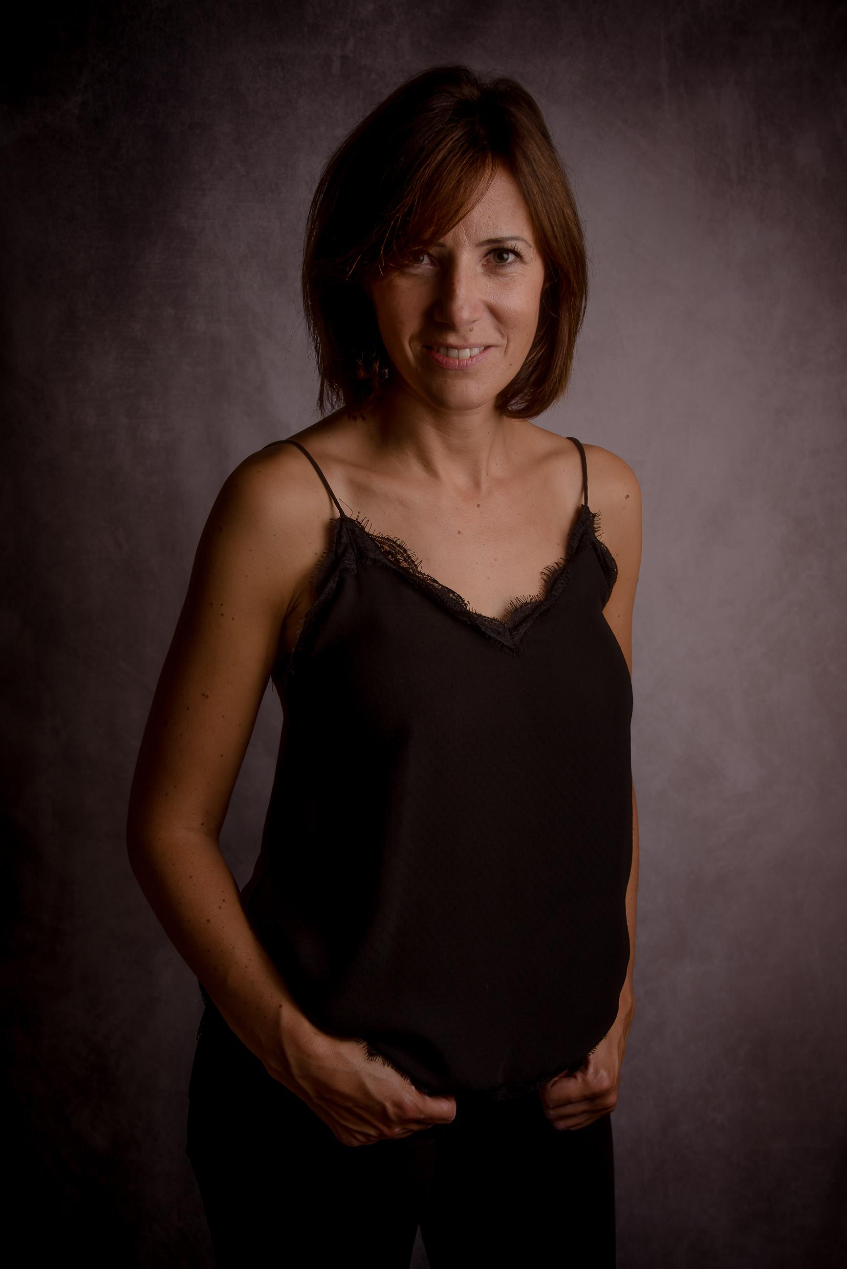 portrait femme brune