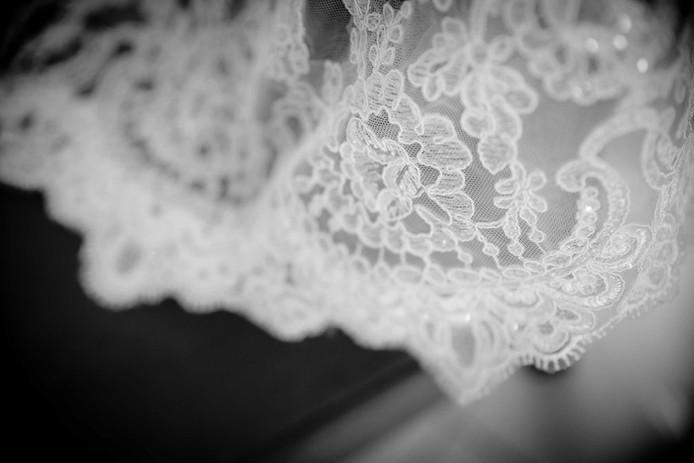 detail dentelle robe mariée