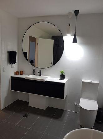 sarah bathroom after1.jpg