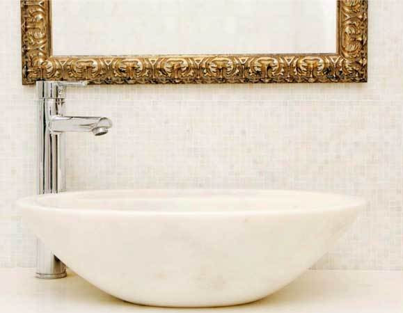 Afyon White is rather popular in marble washbasin works.