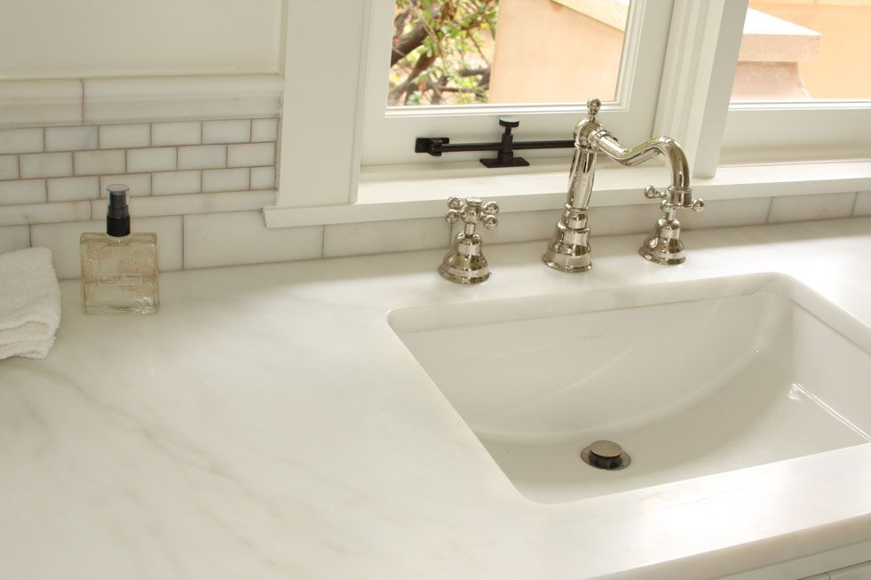 Your kitchen looks fancy with Afyon White Marble