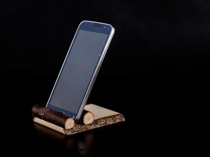 landscape phone stand.jpg
