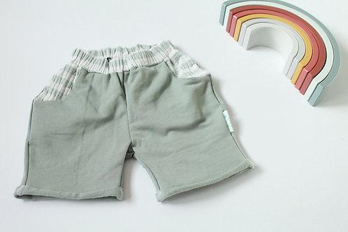 Shorts mit Taschen I salbei I Gr.86/92