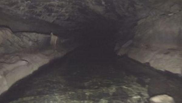 Cliff Cave 2.JPG
